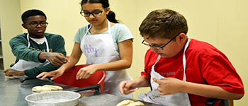 Chef for a Week - Camps: Entering Grades 8-10 - Courses - Cuyahoga Valley Career Center